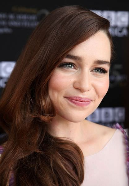 emilia-clarke-bafta-la-tv-tea-2012-01