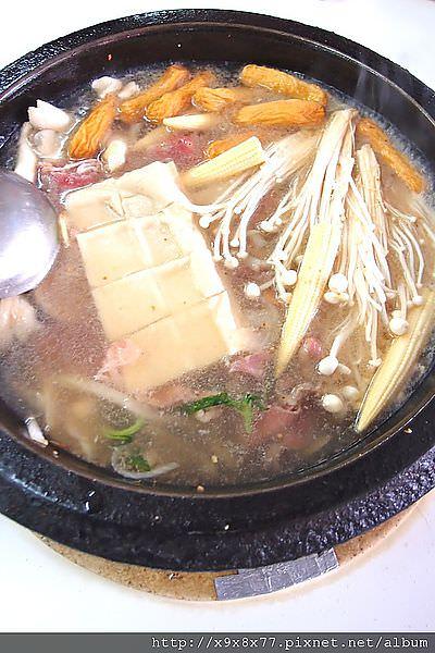 台北西門町 雅香石頭火鍋 便宜美味/新增二訪食記