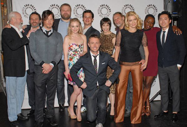 gale-anne-hurd-norman-reedus-chris-hardwick-laurie-holden-andrew-lincoln-greg-nicotero-scott-wilson-danai-gurira-emily-kinney-robert-kirkman-and-steven-yeun-in-the-walking-dead-large-picture