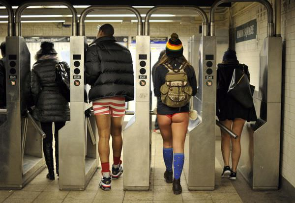 pants-subway-ride-new-york-city