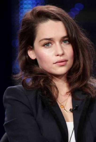 Emilia_Clarke-Game_Of_Thrones (1)