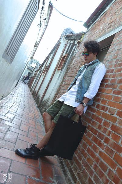 春夏白襯衫+背心+短褲