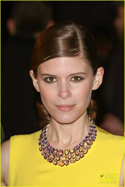 kate-mara-house-of-cards-netflix-premiere-02.jpg