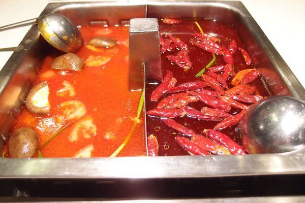 上海 好吃、服務好到誇張的海底撈火鍋