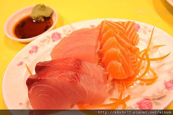 西門町 無名日本料理 小輸三味食堂