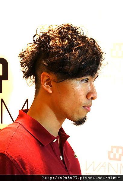 西門町 玩美髮型二店JUN 男生溫塑燙技術不錯(已調至Twelve Hair Styling)