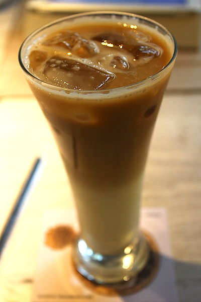 西門町 貳拾陸巷Somebody咖啡(已搬家)