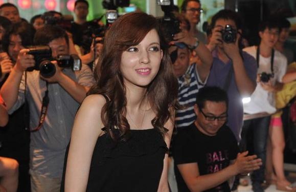 瀧澤蘿拉(水咲蘿拉)中國北京拍攝微電影