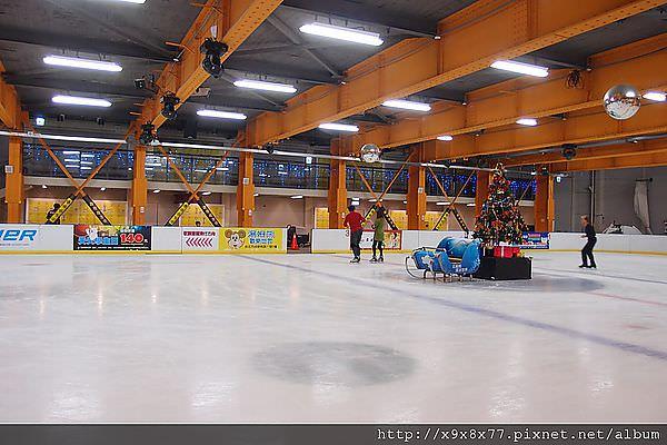 西門町 北極熊滑冰世界 把妹約會好去處