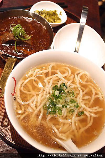 台北西門町 牛店 極品牛肉麵美食(2013/7月更新)