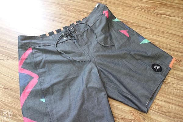 Quiksilver海灘褲